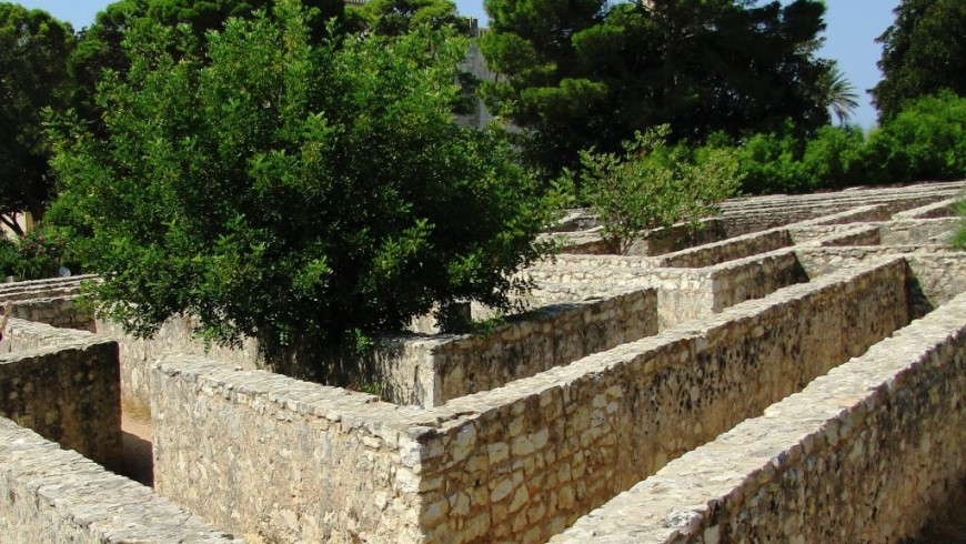 Labyrinth des Schlosses derDonna Fugata