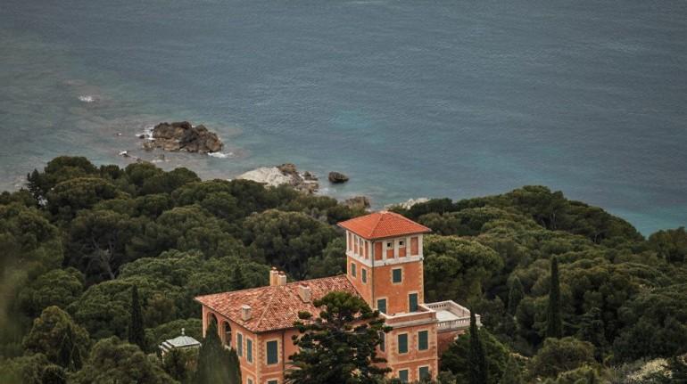 liguria, Schräg über dem ligurischen Meer