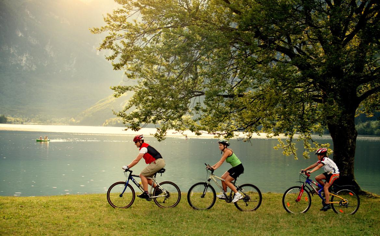 Die Seepromenade von Bled