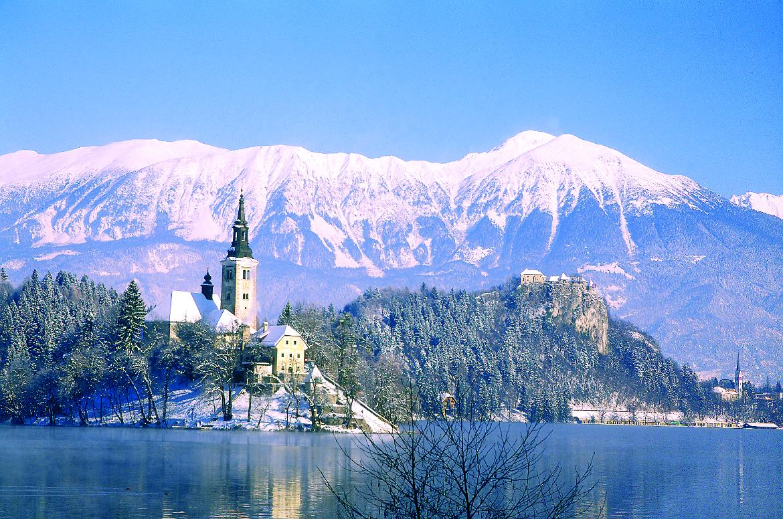 Bled, das schneebedeckte Inselchen