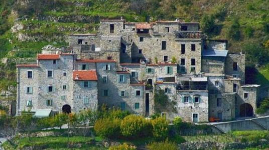 Das Ökologische Dorf Torri Superiore