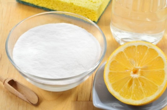 Zitronensäure, Hausgemachte Rezepte für ökologische Reinigungsmittel