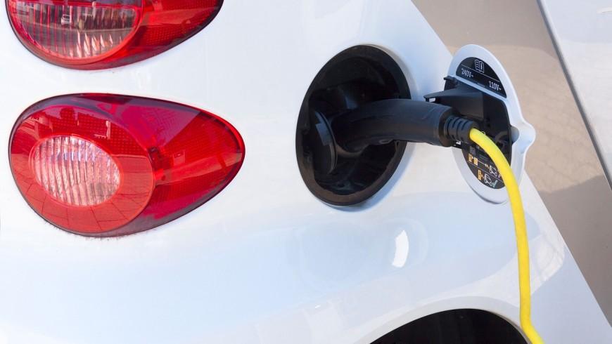 Elektroautos nachhaltiges Reisen